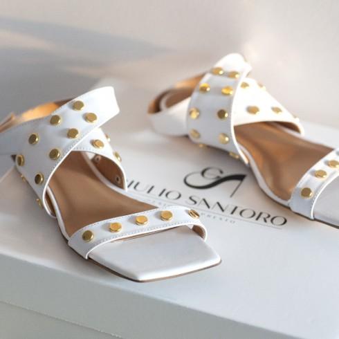 Biały sandałek z pasków ze...