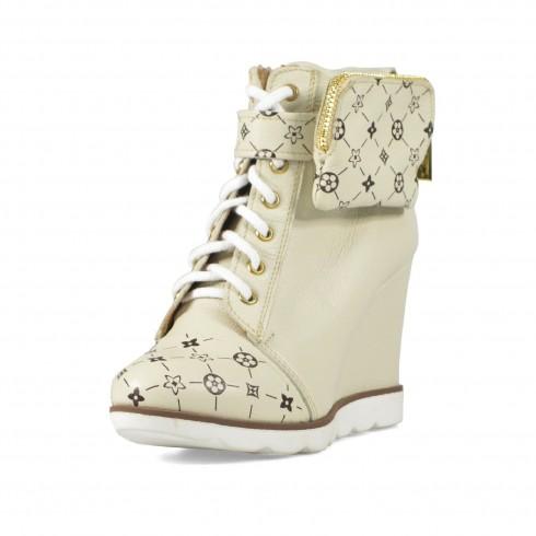Sneakers w złamanej bieli z...