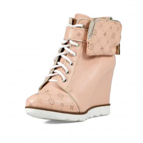 Sneakers w pudrowym różu z...